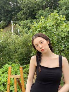 Twitter Red Velvet アイリン, Red Velvet Irene, South Korean Girls, Korean Girl Groups, Red Valvet, Thing 1, Indie Kids, Ulzzang Girl, Kpop Girls