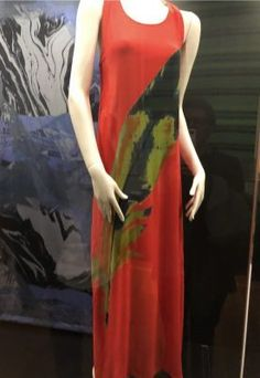 Designin' December: Marimekko knockoff and brand new pattern (fadanista) Mondrian Dress, Black Fabric Paint, Cool Poses, Feather Dress, Nice Dresses, Formal Dresses, Fabric Gifts, Marimekko, White Fabrics