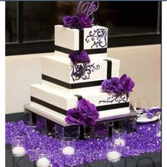 Purple Wedding cake <3