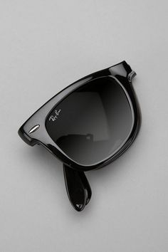 OK...my B-day girl list keeps growing...these are cool! IMAGINE what Tom Cruise would have done in RISKY BUSINESS....hahahahaha
