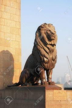 7444550-Cairo-Lion-Guard-Kasr-El-Nil-Bridge-Stock-Photo.jpg 866×1.300 pixels