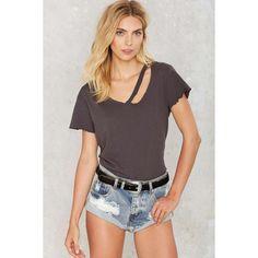 LNA Fallon V-Neck Tee (465 CNY) ❤ liked on Polyvore featuring tops, t-shirts, grey, cotton tee, v neck tops, slouchy t shirts, grey tee and slash t shirt