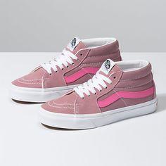 Source by vinchubonafina shoes vans Top Shoes, Cute Shoes, Women's Shoes, Flat Shoes, High Top Vans, High Top Sneakers, Vans Shoes Kids, Moda Sneakers, Vans Sneakers