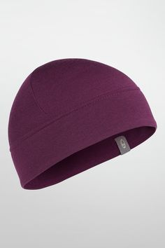 Made from our 200gm RealFLEECE® fabric, the Sierra Beanie delivers luxuriously soft warmth for really cold conditions.