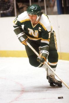 J.P. Parise, Minnesota North Stars (father of Zach Parise, Minnesota Wild) died 6 January 2015 from lung cancer played final gme CZE-CAN 30 Sept 1972 in Sparta Arena/ TIpSport