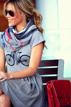 Bicycle t-shirt w/ scarf + satchel purse