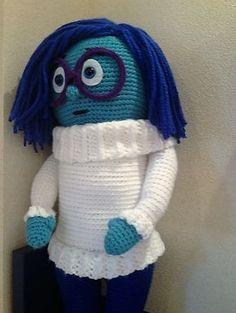 Ravelry: I'm a happy Sadness doll pattern by Teresa Alvarez Crochet Gratis, Cute Crochet, Crochet Dolls, Crochet Hoodie, Crochet Backpack, Ravelry, Amigurumi Toys, Amigurumi Patterns, Lady Bug