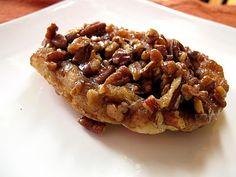 The Sweet Art: Pecan Cinnamon Sticky Honey Buns!