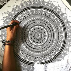 When the piece is too big so you lay on it. So, what I've decided to do is this : rather than me doing complete GIVEAWAYS of art pieces, I'm thinking to create black and white mandala / art pieces which then would be coloured by the person who wins the giveaway. That way, it's a part of me and a part of you. What's your thoughts? #mandala // #murderandrose