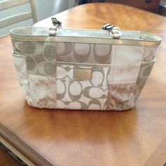 I just added this to my closet on Poshmark: BEAUTIFUL Authentic Coach purse.. Price: $140 Size: Large