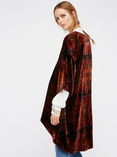 Printed Velvet Kimono | Romantic and effortless, this printed velvet kimono features an oversized, flowy shape with a silky lining. Wide sleeve openings.