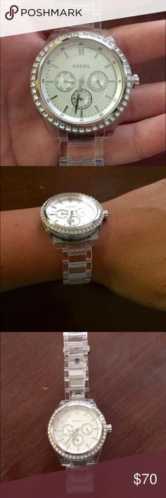 **FLASH SALE** Women's Fossil Watch New Clear band Fossil Watch. Only worn a couple times. Fossil Accessories Watches