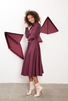 IMRECZEOVA SS18 purple shirt dress Purple Dress Shirt, Shirt Dress, 60 Degrees, Shirts, Dresses, Fashion, Vestidos, Moda, Shirtdress