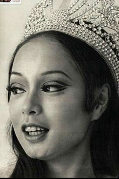 Miss Universe Gloria Diaz 1969 from the Philippines Miss Universe Philippines, Miss Philippines, Philippines Culture, Manila Philippines, Philippine Women, Philippine Art, Filipino Art, Filipino Culture, Filipina Beauty