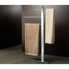 Decorative towel stand with 3 sliding rail(s). Shower towel rack made out of stainless steel and brass with a polished chrome finish. Made by Gedy. Contemporary Towel Bars, Modern Bathroom Light Fixtures, Free Standing Towel Rack, Shower Towel, Decorative Towels, Bathroom Hardware, Towel Rail, Bathroom Accessories, Flooring