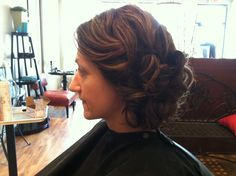 Very pretty updo.  Not sure this would ever work on my fine hair, but I'd like to see.