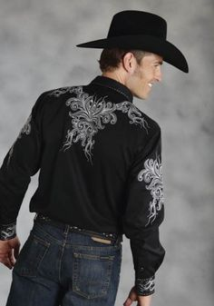 idea for boys shirt Mens Cowboy Shirts, Western Shirts, Western Wear, Men's Shirts, Boys Shirts, Chemises Country, Prom For Guys, Hot Country Boys, Cowboy Outfits