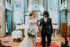 casamiento-mechi-frankie-mansion-four-seasons-heladeros-tiempo-83 Brides, Wedding Dresses, Fashion, Mansions, Mariage, Bride Dresses, Moda, Wedding Gowns, The Bride