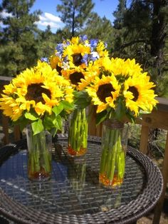 Sunflower bridal & bridesmaid bouquets by Glamorous Occasions in Flagstaff, AZ.