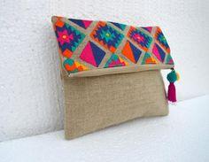 Bolsa Boho bolso de lino, patrón de kilim, marroquí, embrague plegable, bordado, 10 X 8 pulgadas