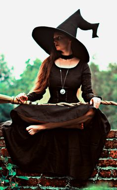 "Featuring a fully sculpted ""crooked"" witch hat tail, combining the kinked look of more traditional witch hats with some Witch Costumes, Witch Hats, Halloween Costumes, Witch Cosplay, Hat For Man, Girl With Hat, Fantasy Witch, Witch Outfit, Crochet Hat For Women"