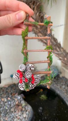 Fairy Garden Furniture, Fairy Garden Supplies, Fairy Garden Houses, Diy Garden Decor, Garden Crafts, Garden Ideas, Christmas Garden, Christmas Crafts, Christmas Decorations
