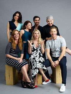 ONCE UPON A TIME: has members. Hi welcome to Forever Ouat Fans Unite. This group was created to honor Once Upon A. Once Upon A Time Funny, Once Up A Time, Emilie De Ravin, Outlaw Queen, Emma Swan, Movies Showing, Movies And Tv Shows, Ouat Characters, Ouat Cast