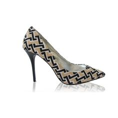 Izoa girl times square nude pointy pumps (3.530 ARS) ❤ liked on Polyvore featuring shoes, pumps, pointed-toe pumps, square-toe pumps, handcrafted shoes, nude footwear and nude pointy shoes