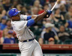Alfonso Soriano homers in tonight's game against the Astros