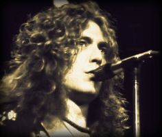 """Robert Plant """"sweet enough to eat"""" - Earl Court '75"""