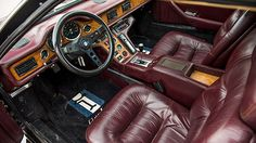 1984 DeTomaso Pantera GT5