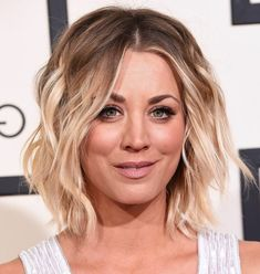 Hairstyles Best Hairstyle For Round Face Awesome The Wedding - wedding hairstyles for round faces easy wedding hairstyles Best Wedding Hairstyles, Cute Hairstyles For Short Hair, Bride Hairstyles, Asymmetrical Hairstyles, Wavy Hairstyles, Everyday Hairstyles, Hairstyle Wedding, Gorgeous Hairstyles, Round Face Haircuts