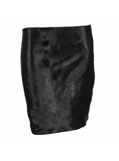 Skirt i fur and stretch leather  nederdel i kalveskind og stræk skind http://lanugo.dk/121-318-thickbox_default/pony-skirt.jpg