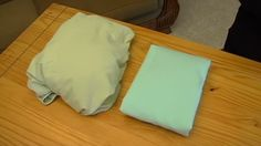 Learn the fastest, easiest way to fold a fitted sheet with these helpful tips. You'll be a folding pro in no time! Diy Cleaning Products, Cleaning Hacks, Cleaning Solutions, Folding Fitted Sheets, Laundry Hacks, Laundry Rooms, Homekeeping, Color Of Life, Home Hacks