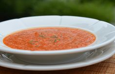 Easy Chilled Roasted Red Pepper Soup #Paleo #LowCarb #GlutenFree #Vegan Perfect for a hot summer day!
