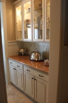 Butler's pantry love glass and cabinets