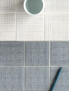 Inga Sempé has designed a lovely new line of mix and match ceramic tiles for Mutina . --- Muotoilija Inga Sempé on suun. Wall And Floor Tiles, Wall Tiles, Cement Tiles, Mosaic Tiles, Tile Patterns, Print Patterns, Diy Thanksgiving Crafts, Kids Thanksgiving, Tiles Texture