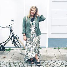 Zurück in Hamburg, heute Abend geht es mit den Mädels ins Baan Canteen, ich hoffe ihr habt auch was schönes vor 💋  #thestatementcurves #ootd #ootdshare #ootdwatch #outfit #fashionblogger #modeblogger #plussizestyle #plussizefashionblogger #psblogger #curvygirl #curvystyle #lookbook #wiw #plussizeblogger #aboutalook #style #psootd #curvyfashionista #plusmodelmag #bike #bicycle
