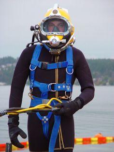 Man Of Uncle, Technical Diving, Deep Sea Diver, Scuba Diving Equipment, Diving Suit, Coast Guard, Motorcycle Jacket, Commercial, Twins