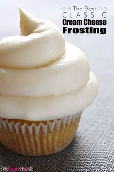 Classic Cream Cheese Frosting ~ silky and sweet with a slight tang from the cream cheese, this effortless frosting quickly comes together with just four ingredients and complements a variety of cakes and cupcakes! Cupcake Recipes, Baking Recipes, Cupcake Cakes, Dessert Recipes, Dessert Ideas, Just Desserts, Delicious Desserts, Gateaux Cake, Macaron