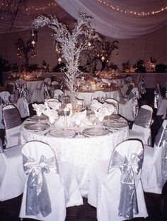 Winter Wedding Table Centerpieces