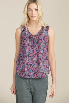 Newly added online at #AnnaDavies - Seasalt Clothing Cobbs Well Top in Vintage Tulip Shore print 100% cotton £29.95