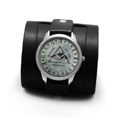 PrideAndBright Mason Eye of providence leather cuff watches Leather Cuffs, Real Leather, Triangle Design, Nato Strap, Cuff Watches, Vintage Watches, Vintage Fashion, Vintage Style, Jewels