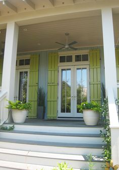 Seaside cottage with lime green shutters Colourful Shutters, Exterior House Colors, Beach House Exterior, Cottage Style, French Cottage, Beach Cottage Style, Coastal Cottage, Cottage Exterior, Shutter Colors