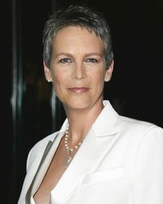 Jamie Lee Curtis...No Fear! Growing Older With Grace...And With-Out Surgeries, Injections And Fillers! You Go Jamie!