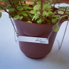 Mama Bear Necklace Personalized Bar Necklace Personalized Necklace Gold Silver Bear Cubs Mother Gifts for Mom Gifts for Her Gifts for Friend Personalized Gold Necklace, Engraved Necklace, Personalized Gifts, Rose Bar, Valentine's Day, Gold Bar Necklace, Pendant Necklace, Unique Gifts For Her, Simple Jewelry