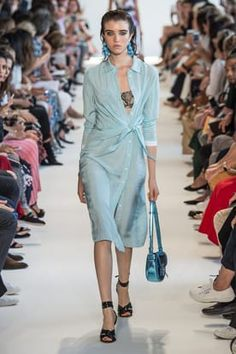 Fashion Week New York Spring/Summer 2017 look 19 from the Altuzarra collection womenswear Fashion Show, Women Wear, Spring Summer, Shirt Dress, Casual, Model, Shirts, Collection, Dresses