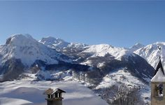 Chalet Abode is nestled in the peaceful hamlet of Villarabout, only a 40-minute drive from St Martin de Belleville and the main lift hub.