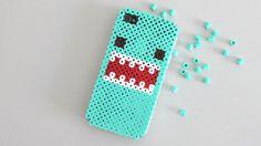 Carcasa móvil con Perler Beads ♥ Phone Case with Perler Beads