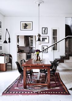 This home, belonging to Swedish photographers Kalle Gustafsson and Sara Bille, is the most idyllic city dwelling - it's a superb mix of vintage charm and modern Scandinavian design Scandinavian Home, Elle Decor, Room Inspiration, Dream Decor, Interior Design, Home Decor, Eclectic Home, House Interior, Dining